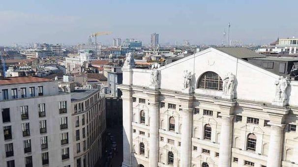 Borsa: Milano, avvio negativo, -0,36%