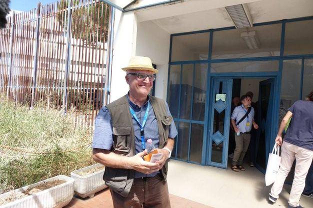 Paolo Hendel in visita al carcere di Sollicciano con una delegazione di  Radicali (Gianluca Moggi/New Press Photo)
