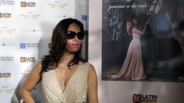 Gessica Notaro durante la presentazione del suo singolo (foto Petrangeli)