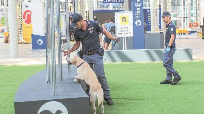 Controlli di sicurezza per il Meeting di Rimini
