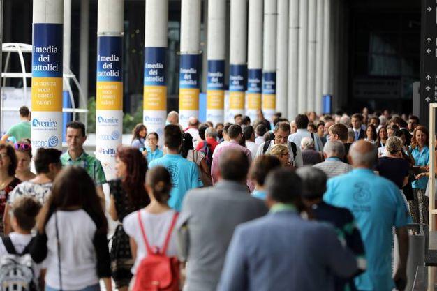 Folla di persone al Meeting (foto Petrangeli)