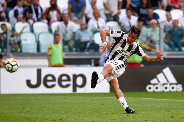 Juventus-Cagliari 2-0, Dybala (LaPresse)