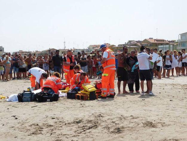Tragedia a Porto Garibaldi, due morti annegati - Cronaca ...