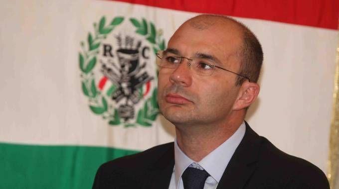 Il sindaco di Reggio Emilia, Luca Vecchi: «Così non funziona, mi sarei aspettato un provvedimento diverso»