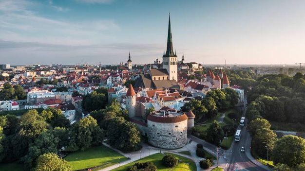 La città vecchia di Tallinn – Foto: visualspace/iStock
