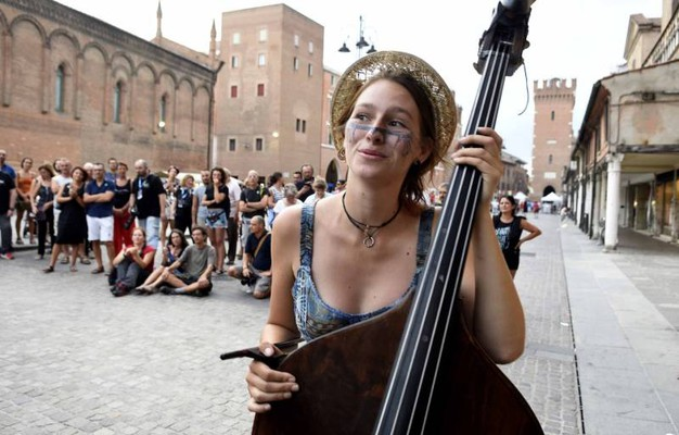 Buskers, ecco il festival musicale più atteso dell'estate ferrarese (foto Businesspress)
