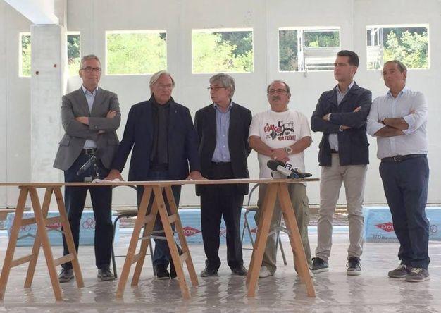 Diego Della Valle ad Arquata del Tronto, dove a dicembre aprirà la sua nuova fabbrica (Ansa)