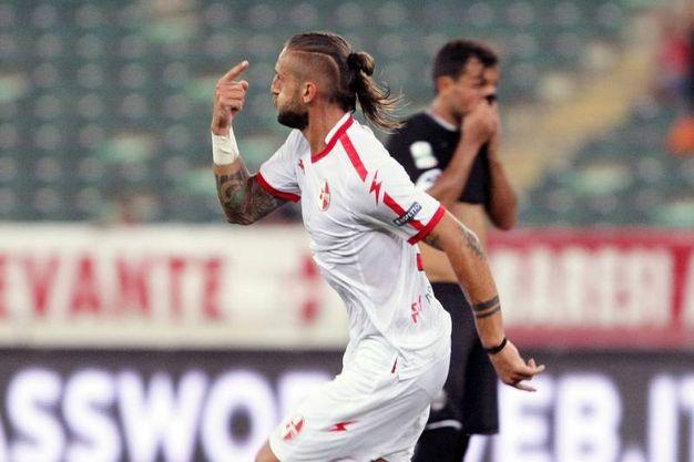 L'esultanza di Tonucci dopo il gol del 3-0 (foto LaPresse)