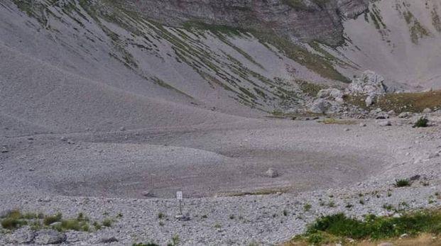Il lago di Pilato senza acqua