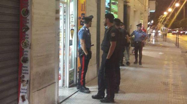 Controlli a tappeto dei carabinieri a Falconara (foto Pascucci)