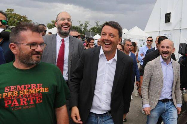 Matteo Renzi all'arrivo alla Festa dell'Unità di Bologna (Ansa)