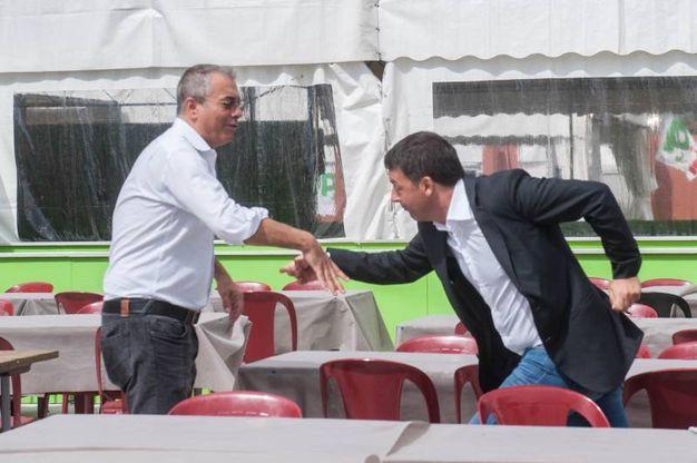 Renzi inciampa in un cordone (foto Schicchi)