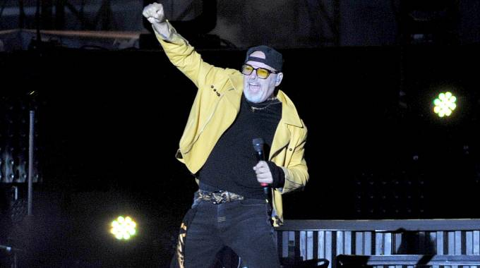 Vasco sul palco del Modena Park