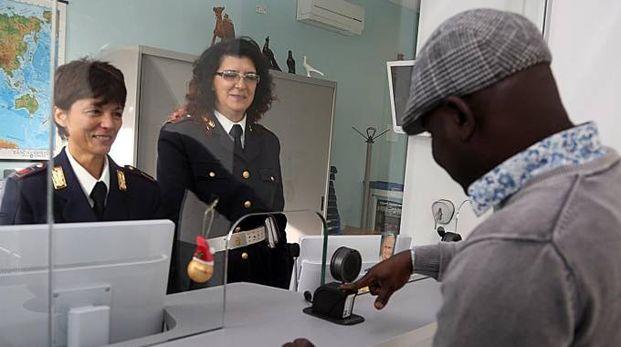 Ufficio Lavoro Pontedera : Clandestini e affitti al nero: i rifiuti fanno la spia cronaca