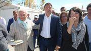 Renzi con il segretario provinciale Eleonora Proni (foto Zani)