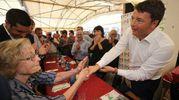 Renzi è venuto anche a presentare il suo nuovo libro 'Avanti' (foto Zani)