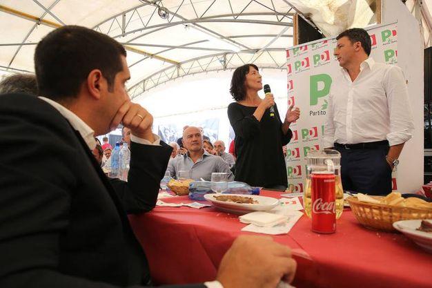 Le domande della segretaria Proni (foto Zani)