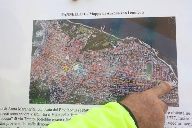 La mappa di Ancona con i cunicoli (foto Antic)