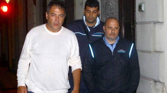 BUFERA Gli agenti sfrattati hanno passato la notte  in auto davanti al carcere