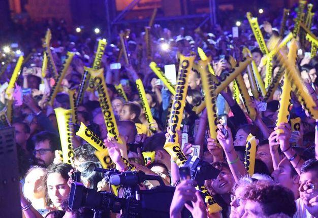 Radio Bruno Estate, la festa dei 10mila in Piazza Maggiore (Foto Schicchi)