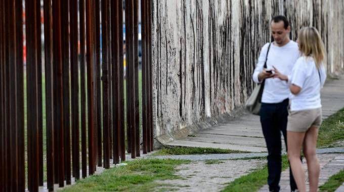 Un tratto del Memoriale del Muro di Berlino (Foto Ansa)