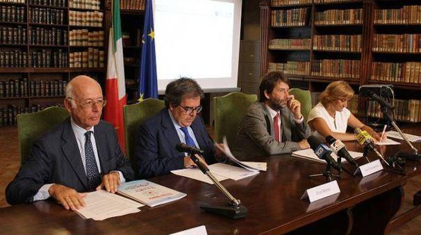Da sinistra Dario Disegni, Enzo Bianco, il ministro Dario Franceschini e Noemi Di Segni