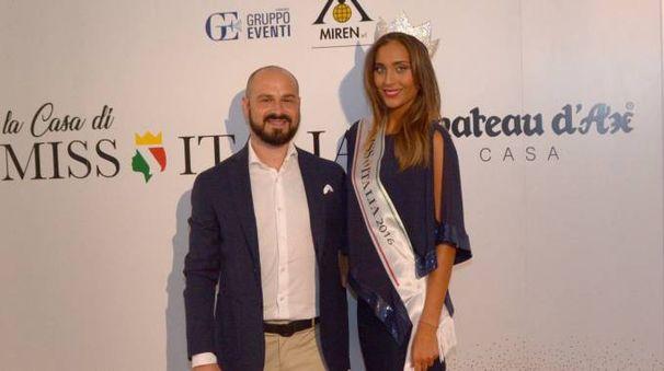 Dario Montorfano con la vincitrice di «Miss Italia 2016», Rachele Risaliti