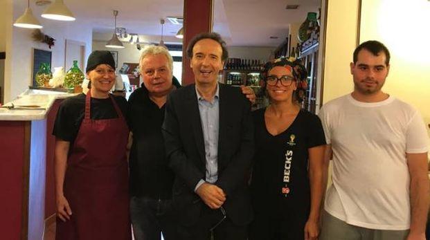 Roberto Benigni alla pizzeria di Oste