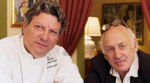 L'artista inglese Michael Nyman (a destra) con lo chef Giancarlo Polito della Locanda del Capitano di Montone