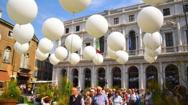 Maestri del paesaggio in piazza Vecchia (De Pascale)