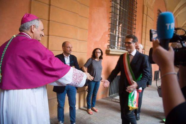 L'arcivescovo Zuppi incontra il sindaco Virginio Merola per la camera ardente del cardinale Carlo Caffarra  (Foto Schicchi)