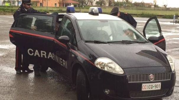 I carabinieri di Mondolfo durante un arresto