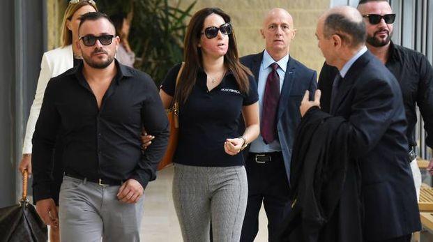 Gessica Notaro entra all'udienza del processo (foto Migliorini)