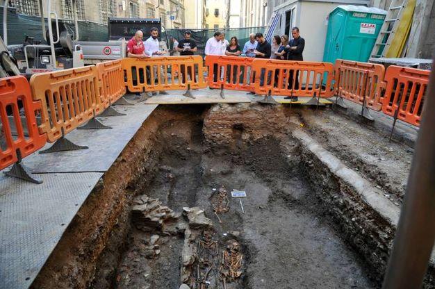 I resti di epoca romana affiorati (Foto Alcide)