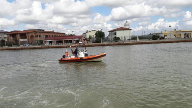 La guardia costiera ai Lidi Estensi (foto Businesspress)