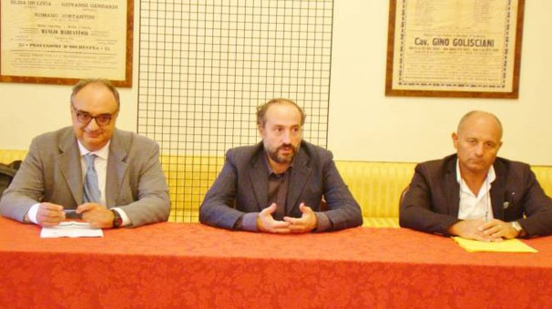 Fermo: Bontempi, Calcinaro e Febi presentano la banda ultralarga