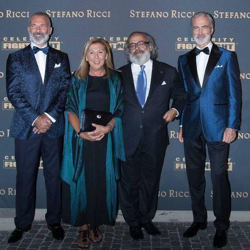 L'imprenditore-stilista Stefano Ricci con la moglie (Foto Massimo Sestini)