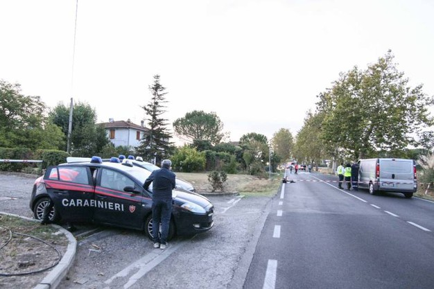 Ragazza trovata morta in strada fra Castelfiorentino e Certaldo (foto Tommaso Gasperini/Germogli)