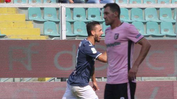 Palermo-Empoli, l'esultanza di Caputo dopo il 2-2 (LaPresse)