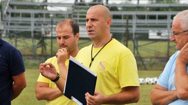 L'allenatore Giovanni Livieri