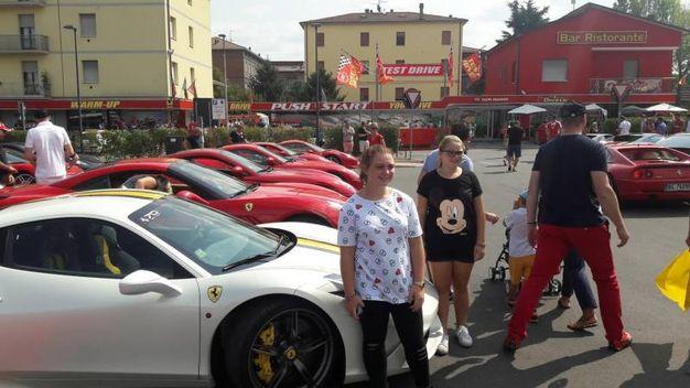 I bolidi sono in esposizione sul piazzale del museo Ferrari di Maranello  (foto Annese)