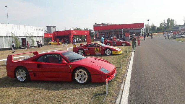 Auto sulla pista di Fiorano (foto Annese)