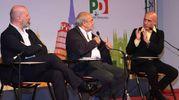 Da sinistra il presidente della Regione Stefano Bonaccini, il vice direttore de il Resto del Carlino Beppe Boni e il ministro dell'Interno Marco Minniti (Foto Fiocchi)