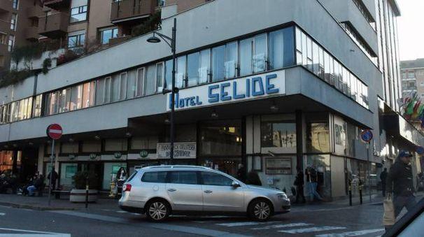 L'uomo è stato bloccato all'Hotel Selide