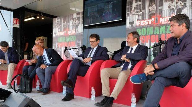 Virginio Merola intervistato alla Festa dell'Unità (foto Schicchi)