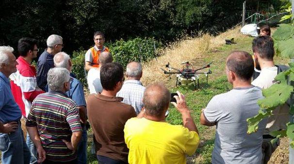 La dimostrazione pratica sull'utilizzo dei droni