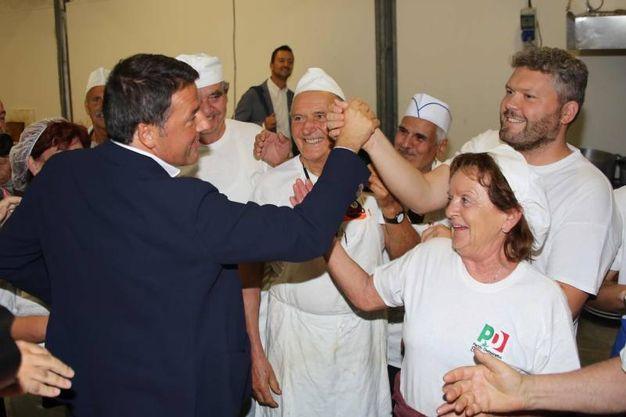 Matteo Renzi alla Festa dell'Unità di Firenze (foto New Pressphoto)