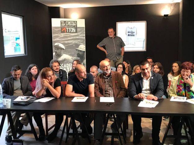 Da sinistra, G. Tondini, D. Fiorini, C. Caldironi, I. Marescotti, il sindaco e E.Signorino