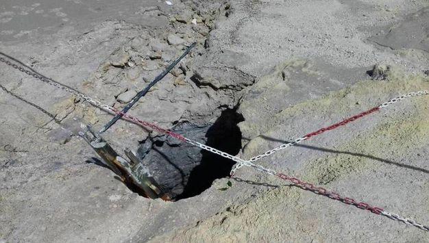 Il cratere della Solfatara di Pozzuoli dove sono morte 3 persone (Ansa)