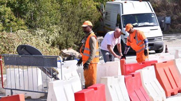 I lavori lungo la statale 67 (foto Riccardo Fantini)